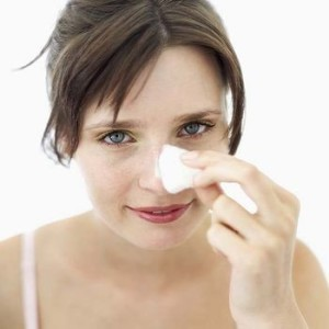 como quitar verrugas de la cara