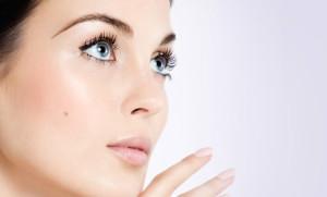como quitar verrugas viricas en la cara con remedios naturales
